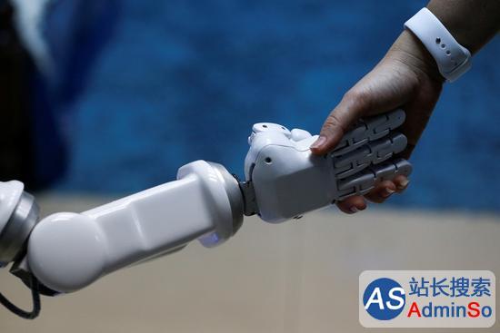 人类将被人工智能奴役?