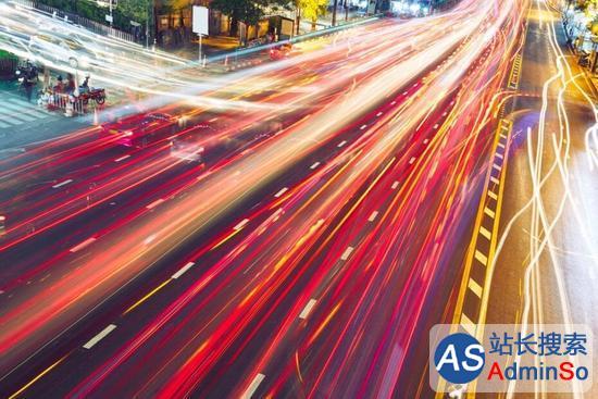 终端设备迎来第三次革命 AI正驱动联网汽车的未来
