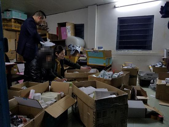 女子做微商卖假药:涉案人员近150人 案值超千万