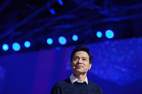 李彦宏:中国人更开放,对隐私问题没那么敏感