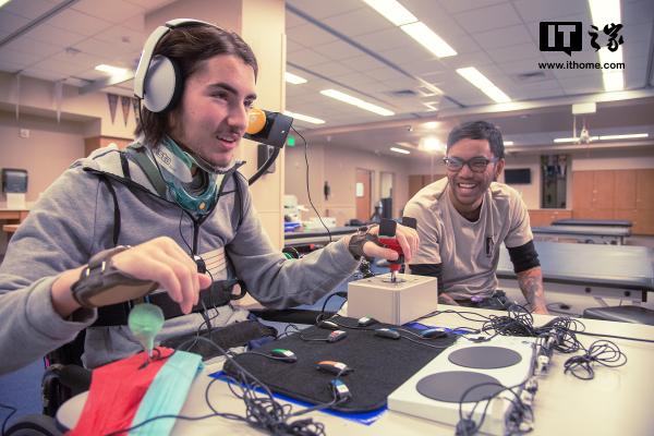 感动!微软上线Xbox自适应手柄宣传视频:为了一切玩家
