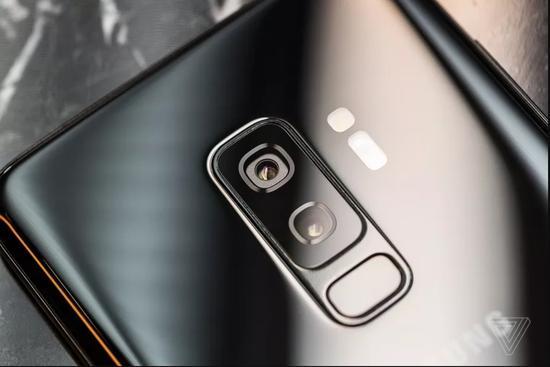 传三星GalaxyS10将有三种尺寸支持屏内指纹识别