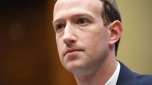 FB市值抹去1300亿美元:高管这些话吓坏了投资者