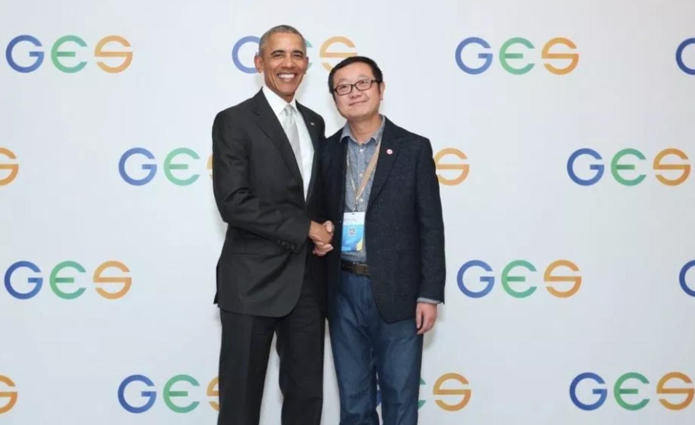 刘慈欣再获奖奥巴马:他作品充满狂野的想像力