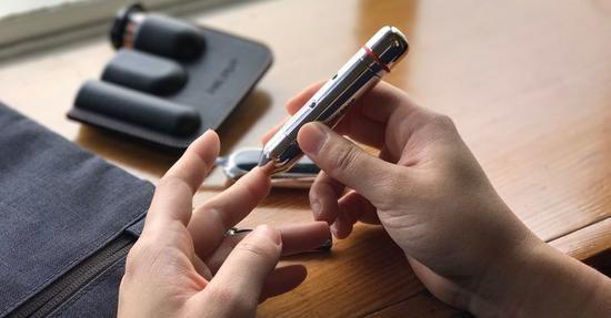 苹果店上架了血糖检测仪旗下生态正成为健康数据中心