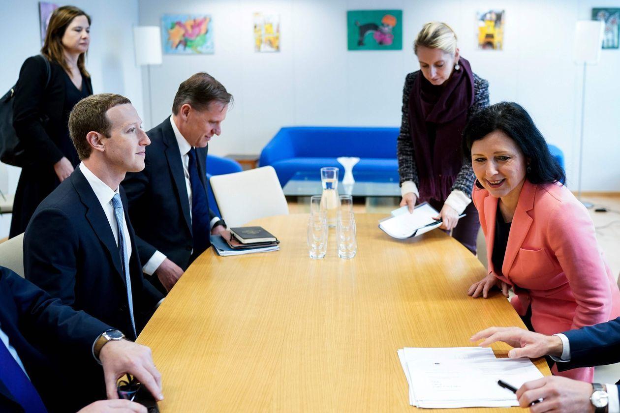 欧盟与美科技巨头合作打击疫情网络谣言防制造恐慌