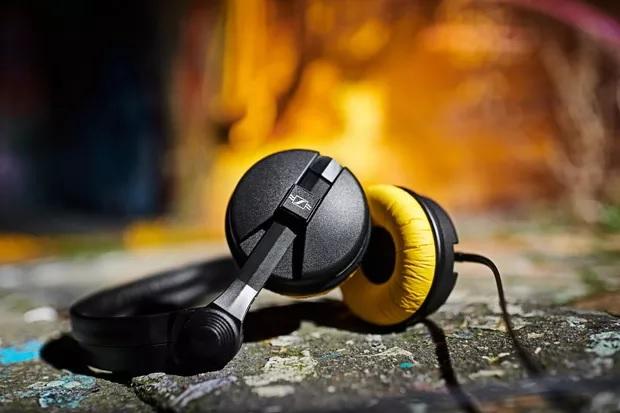 复古配色:森海塞尔推75周年限量版HD25头戴式耳机