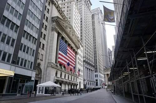 美股全线收涨特斯拉涨超7%瑞幸大跌近13%