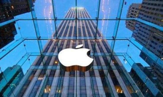 苹果特斯拉拆股后双双大涨苹果涨超4%特斯拉涨超10%