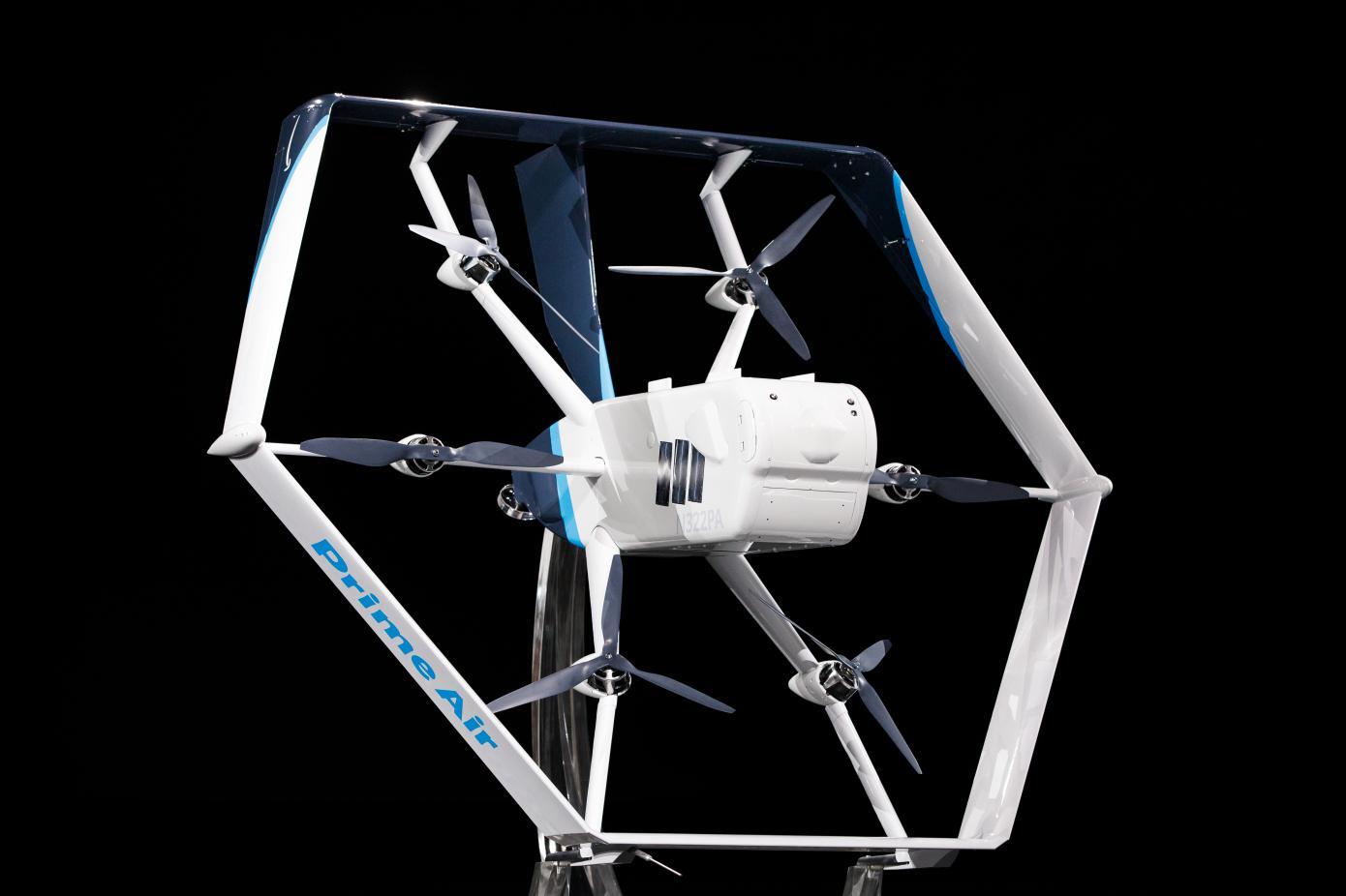 亚马逊无人机递送服务获得FAA批准30分钟内送货上门
