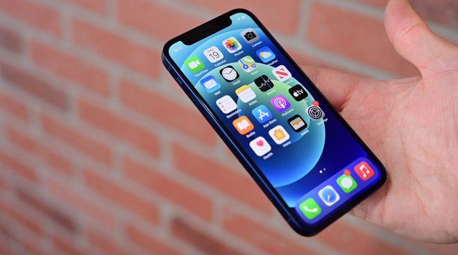 iPhone12mini面板砍单苹果或向三星赔巨额违约金