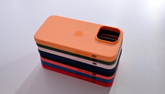 iPhone13Pro官方硅胶保护壳上手:8种颜色一起开箱